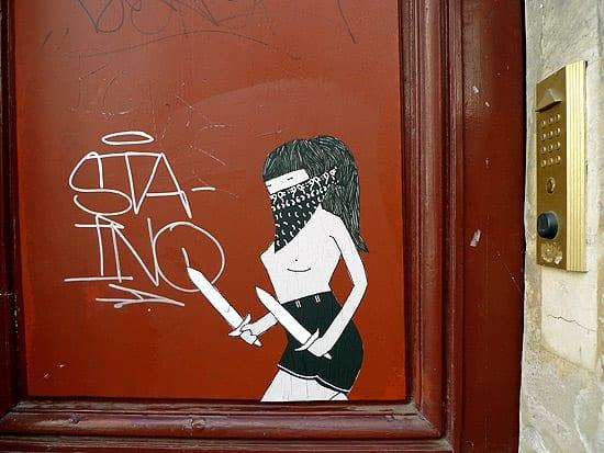 StabbyWoman_Paris_2014E